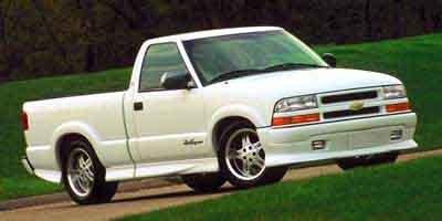 Pre-Owned 2000 Chevrolet S-10 LS