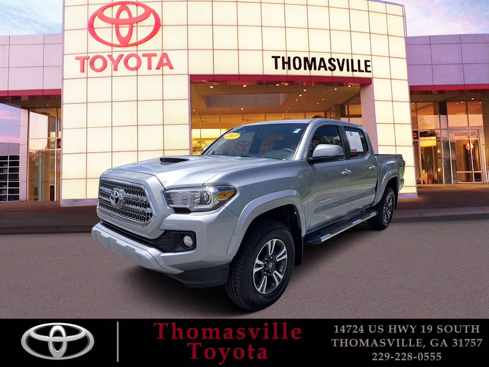 Pre-Owned 2017 Toyota Tacoma TRD Sport