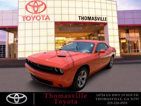 Pre-Owned 2019 Dodge Challenger SXT
