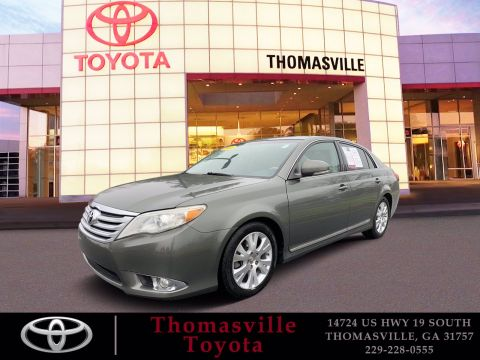 Pre-Owned 2011 Toyota Avalon Limited FWD 4dr Car