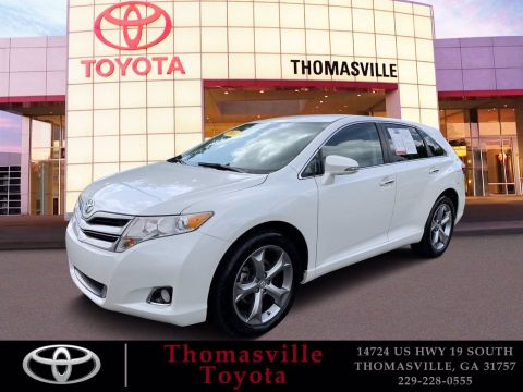 Pre-Owned 2014 Toyota Venza XLE With Navigation & AWD