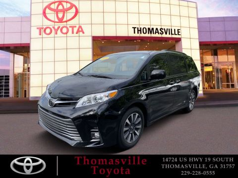 Pre-Owned 2018 Toyota Sienna XLE AWD