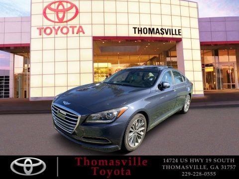 Pre-Owned 2015 Hyundai Genesis 3.8L With Navigation